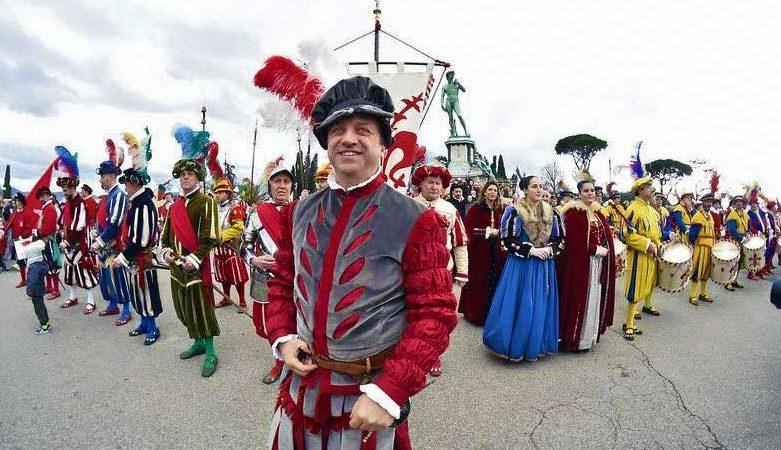 Il costume del Maestro di Campo del Calcio Storico Fiorentino