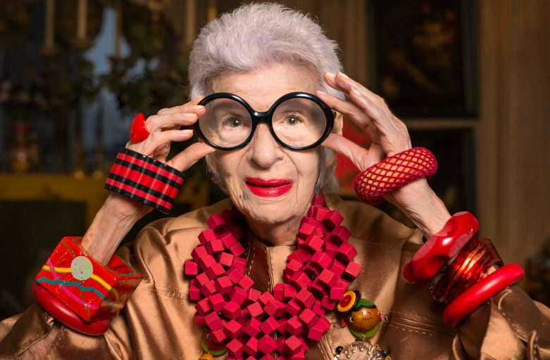 Bambole di donne famose: Iris Apfel